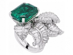 anillo_ring_canopée_van_cleef_arpels_emerald_esmeralda_emeraude_majesté